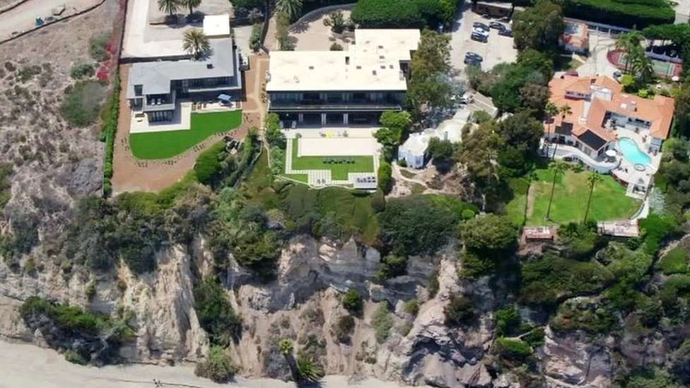 Properties bought by the King of Jordan in Malibu